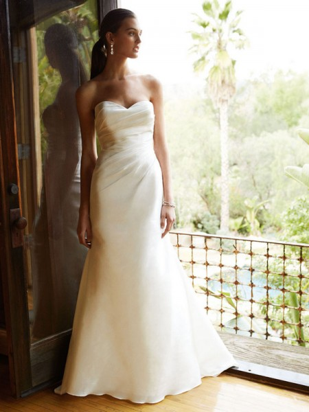 Picture of BT16-17 Wedding Dress - Beautiful by Enzoani 2016 Bridal Collection