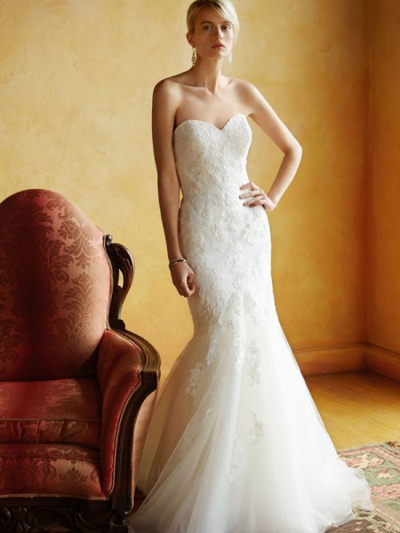 Picture of BT16-18 Wedding Dress - Beautiful by Enzoani 2016 Bridal Collection