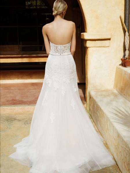 Picture of Back of BT16-20 Wedding Dress - Beautiful by Enzoani 2016 Bridal Collection