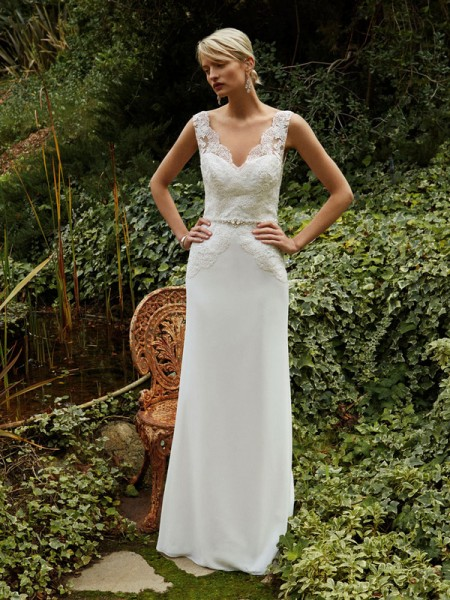 Picture of Back of BT16-26 Wedding Dress - Beautiful by Enzoani 2016 Bridal Collection