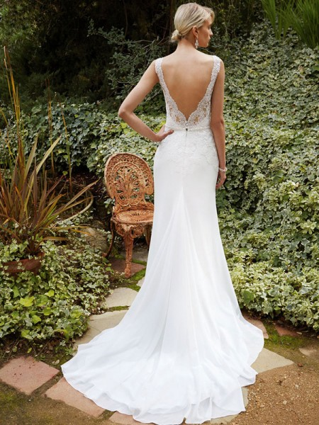 Picture of BT16-26 Wedding Dress - Beautiful by Enzoani 2016 Bridal Collection