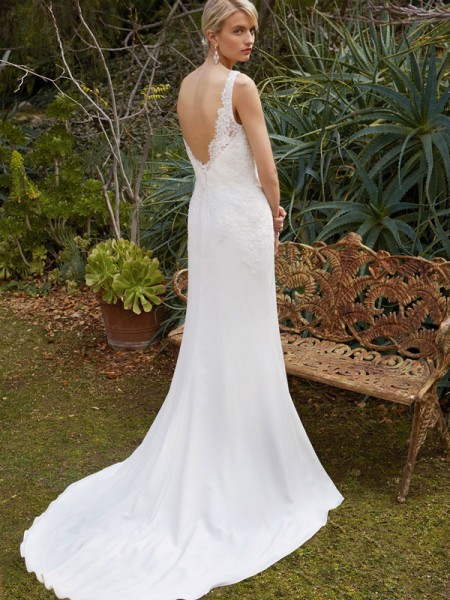 Picture of Back of BT16-28 Wedding Dress - Beautiful by Enzoani 2016 Bridal Collection