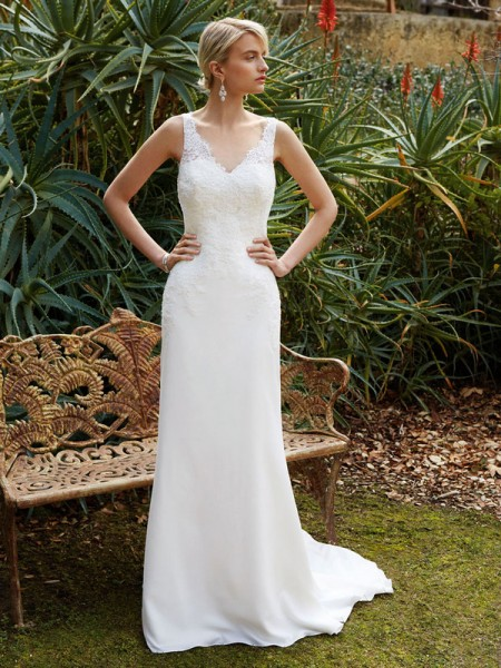 Picture of BT16-28 Wedding Dress - Beautiful by Enzoani 2016 Bridal Collection