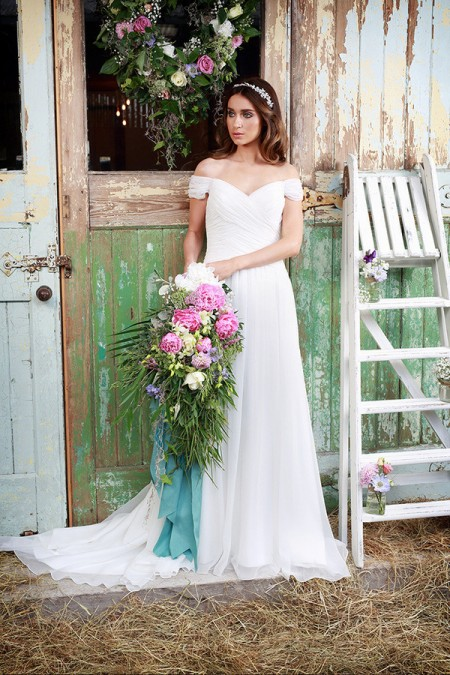 Picture of Cilla Wedding Dress - Amanda Wyatt Promises of Love 2016 Bridal Collection