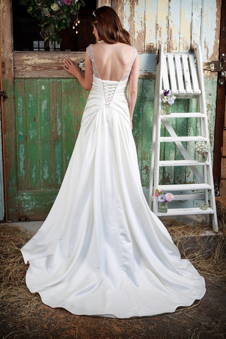 Picture of Back of Hadlee Wedding Dress - Amanda Wyatt Promises of Love 2016 Bridal Collection