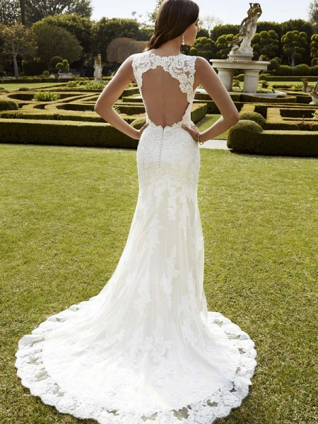 Picture of Back of Inaru Wedding Dress - Blue by Enzoani 2016 Bridal Collection