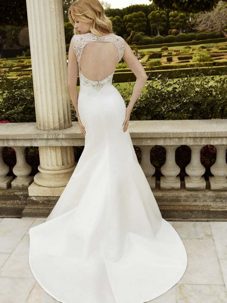 Picture of Back of Ingenio Wedding Dress - Blue by Enzoani 2016 Bridal Collection