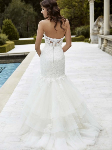 Picture of Back of Irvine Wedding Dress - Blue by Enzoani 2016 Bridal Collection