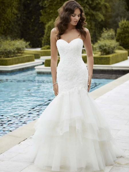 Picture of Irvine Wedding Dress - Blue by Enzoani 2016 Bridal Collection