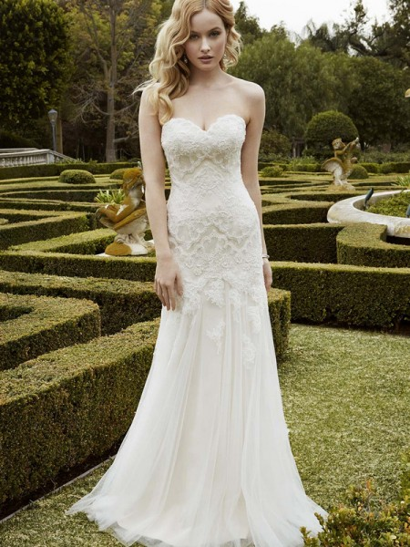 Picture of Islesboro Wedding Dress - Blue by Enzoani 2016 Bridal Collection