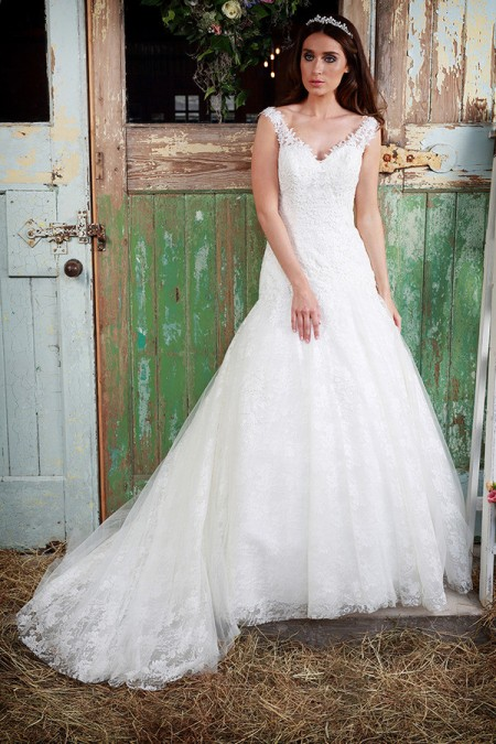 Picture of Isobel Wedding Dress - Amanda Wyatt Promises of Love 2016 Bridal Collection