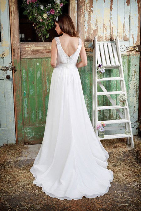 Picture of Back of Leanne Wedding Dress - Amanda Wyatt Promises of Love 2016 Bridal Collection