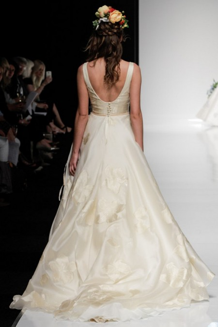 Picture of Back of Lillias Wedding Dress - Alan Hannah Watercolours 2016 Bridal Collection