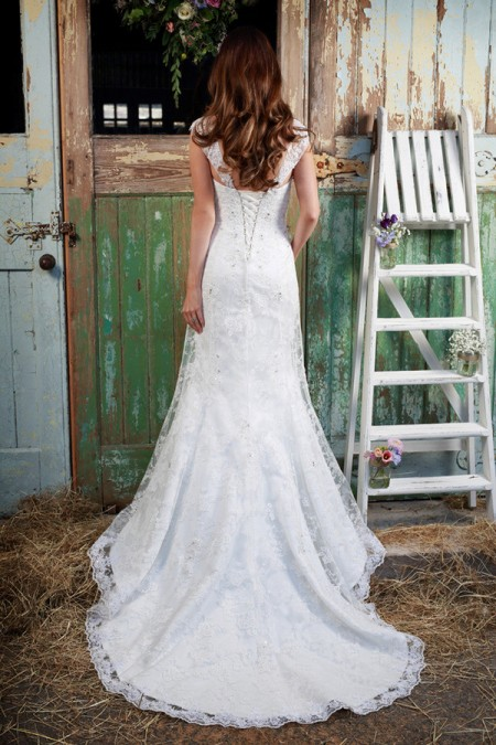 Picture of Back of Ophelia Wedding Dress - Amanda Wyatt Promises of Love 2016 Bridal Collection