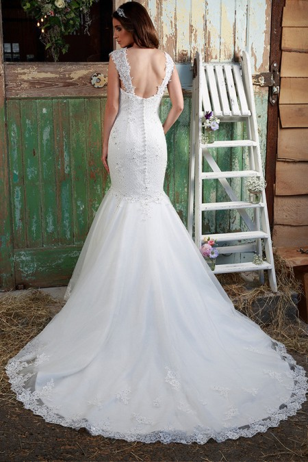 Picture of Back of Paislee Wedding Dress - Amanda Wyatt Promises of Love 2016 Bridal Collection