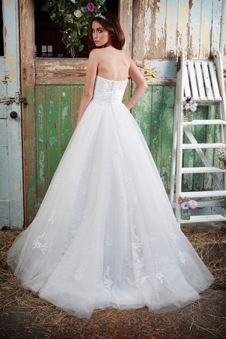 Picture of Back of Precious Wedding Dress - Amanda Wyatt Promises of Love 2016 Bridal Collection