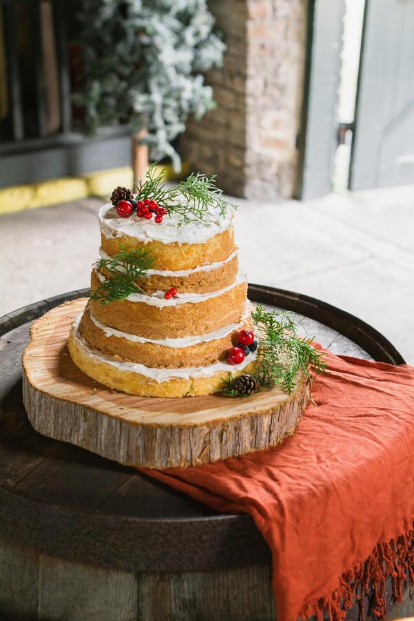 Naked Christmas wedding cake