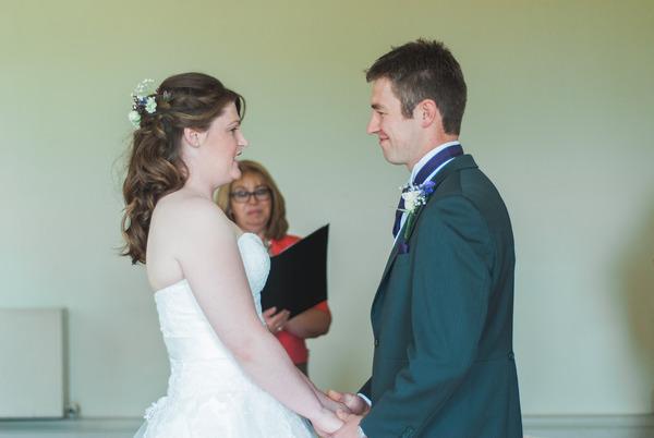 Saying wedding vows