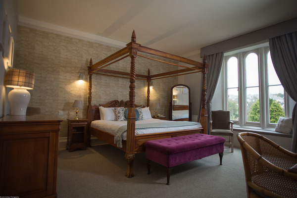 Four poster bed at The Alverton Hotel