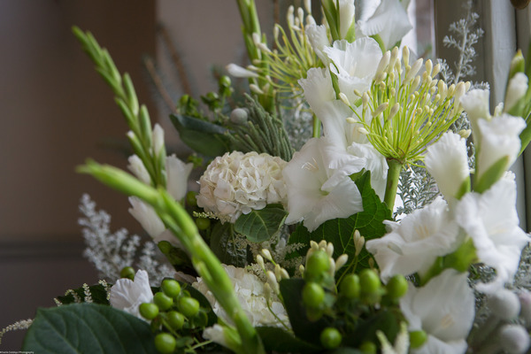 White and green wedding flower arrangement
