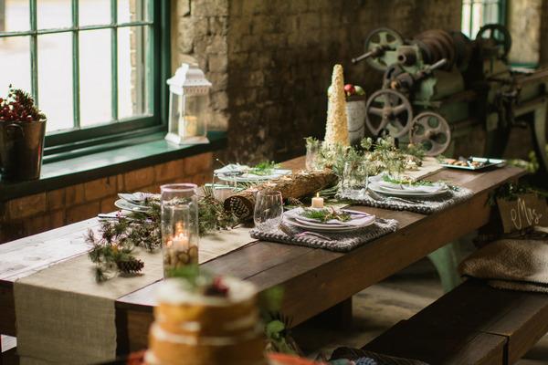 Rustic Christmas wedding table