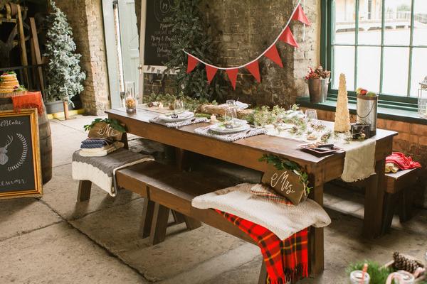 Cosy, rustic Christmas wedding table