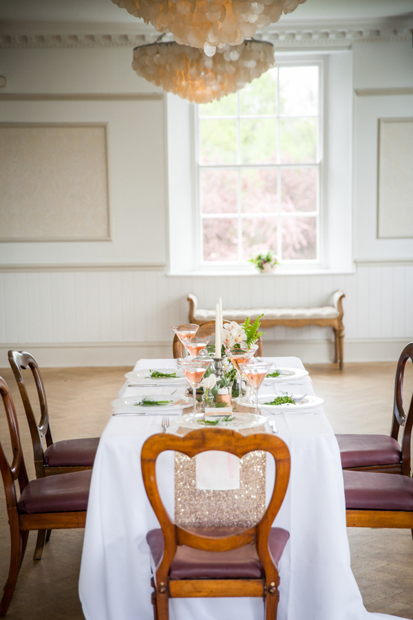 Long wedding table at Belair House