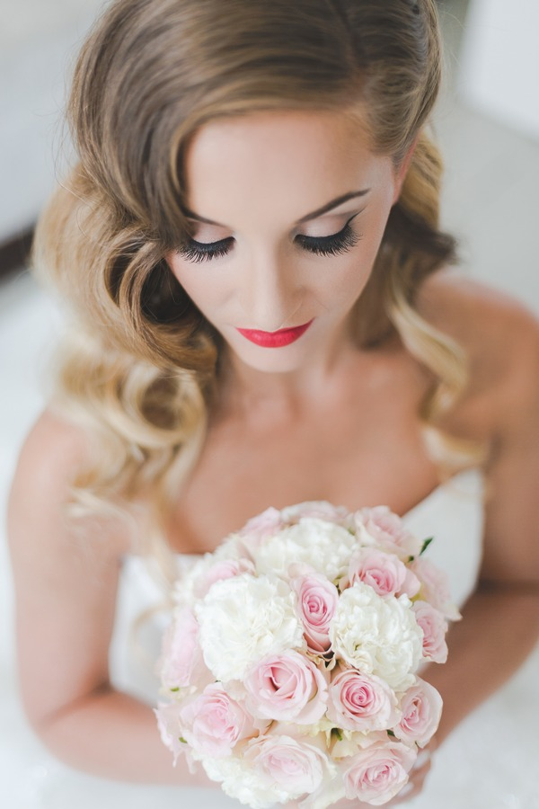Hollywood glamour bridal make-up