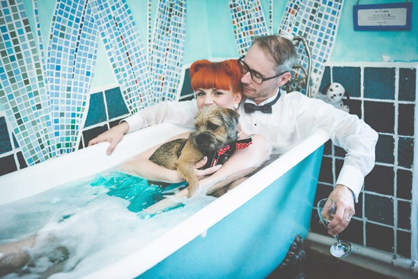 Bride and groom in bath with a dog - Picture by My Beautiful Bride
