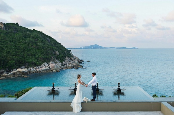 Bride and groom at The Banyaan Tree, Koh Sumui Thailand - Picture by Danny Richardson Photography