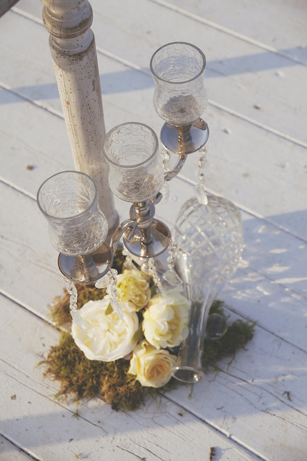 Crystal wedding decorations with yellow flowers