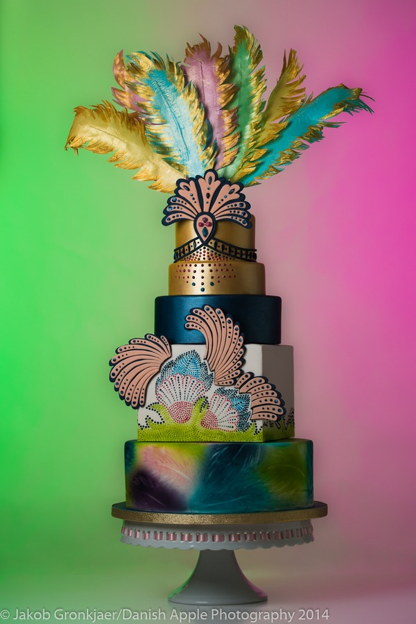 Samba Queen Cake - Tiers of Happiness
