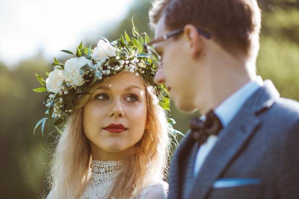 Vintage bride looking at groom