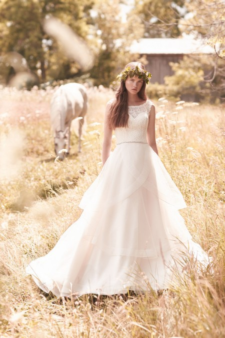 2051 Wedding Dress - Mikaella Spring 2016 Bridal Collection
