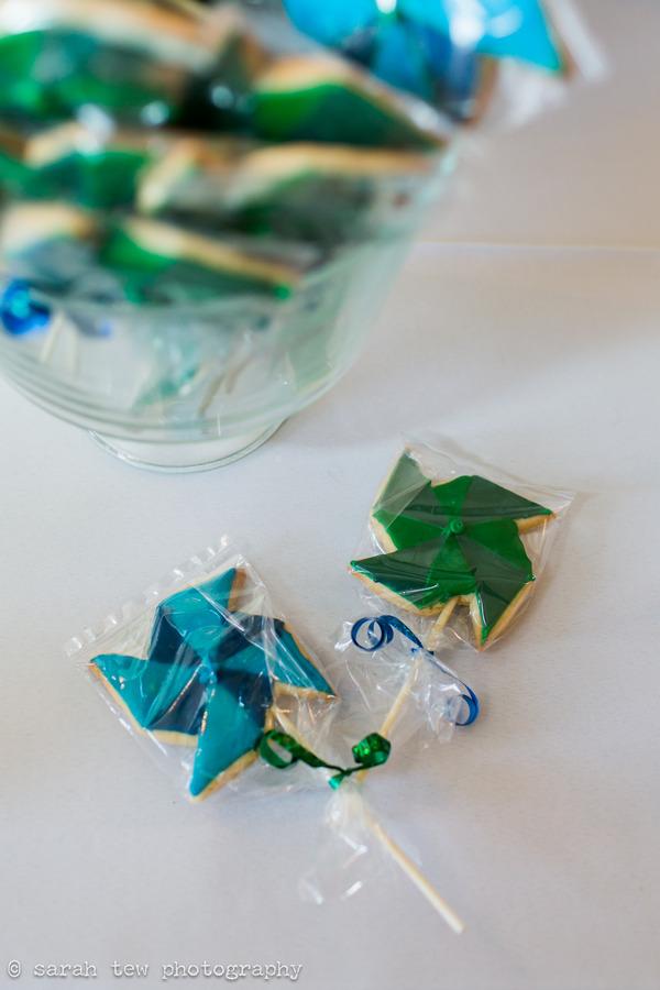 Pinwheel cookie wedding favours
