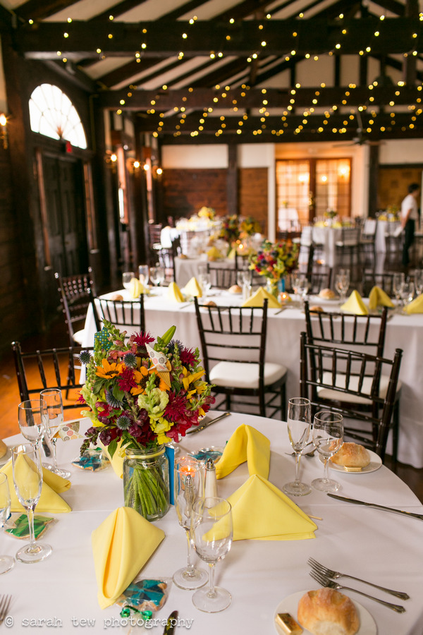 Wedding tables in the Fontainebleau Inn with bright styling