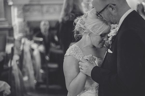 Bride and groom first dance - Picture by Sean O'Dell Photography