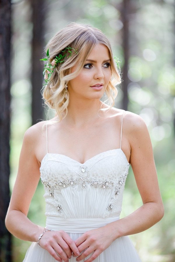 Bride with floral hairpiece
