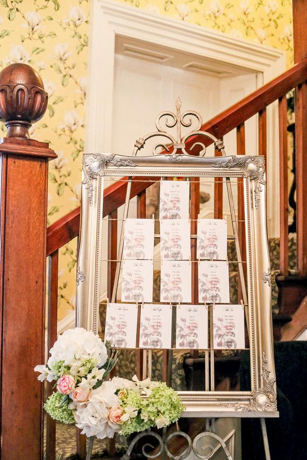 Elegant wedding table plan