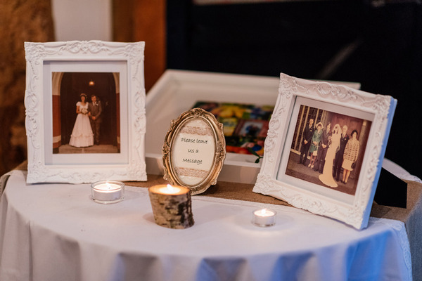 Wedding photo table