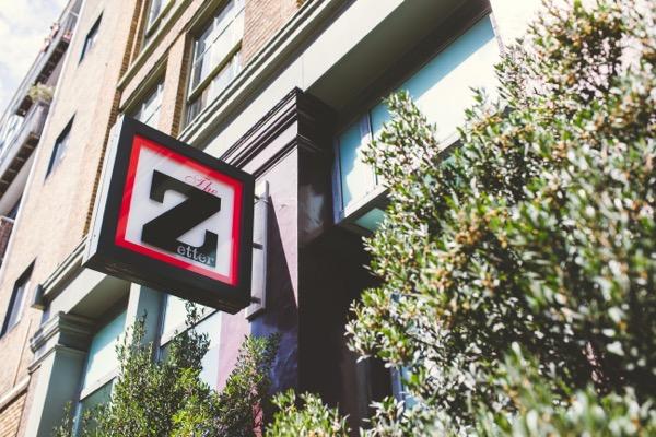 The Zetter sign