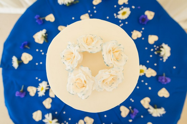 Wedding cake picture taken from overhead