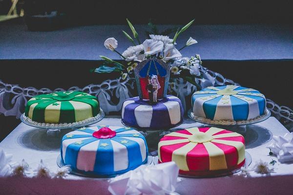 Circus wedding cakes