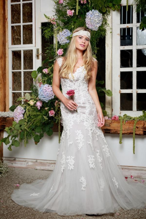 Finley Wedding Dress in Dove Grey - Amanda Wyatt She Walks with Beauty 2017 Bridal Collection