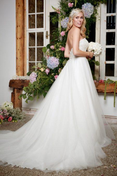 Back of Indra Wedding Dress - Amanda Wyatt She Walks with Beauty 2017 Bridal Collection