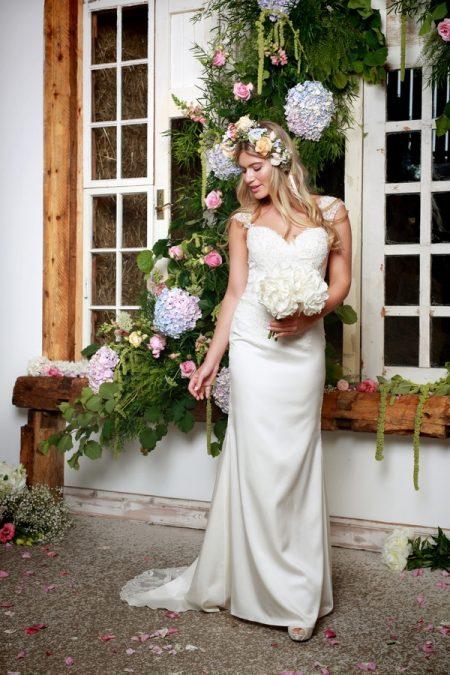 Kathy Wedding Dress - Amanda Wyatt She Walks with Beauty 2017 Bridal Collection