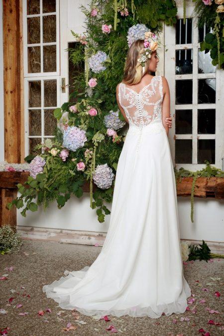 Back of Lettie Wedding Dress in Ivory - Amanda Wyatt She Walks with Beauty 2017 Bridal Collection