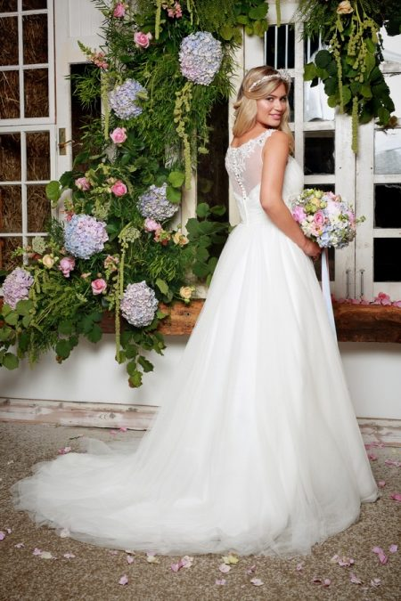 Back of North Wedding Dress in Ivory - Amanda Wyatt She Walks with Beauty 2017 Bridal Collection