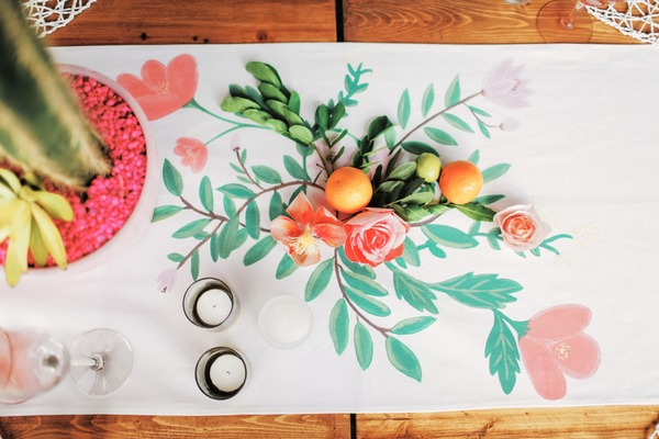 Wedding table runner with fruit