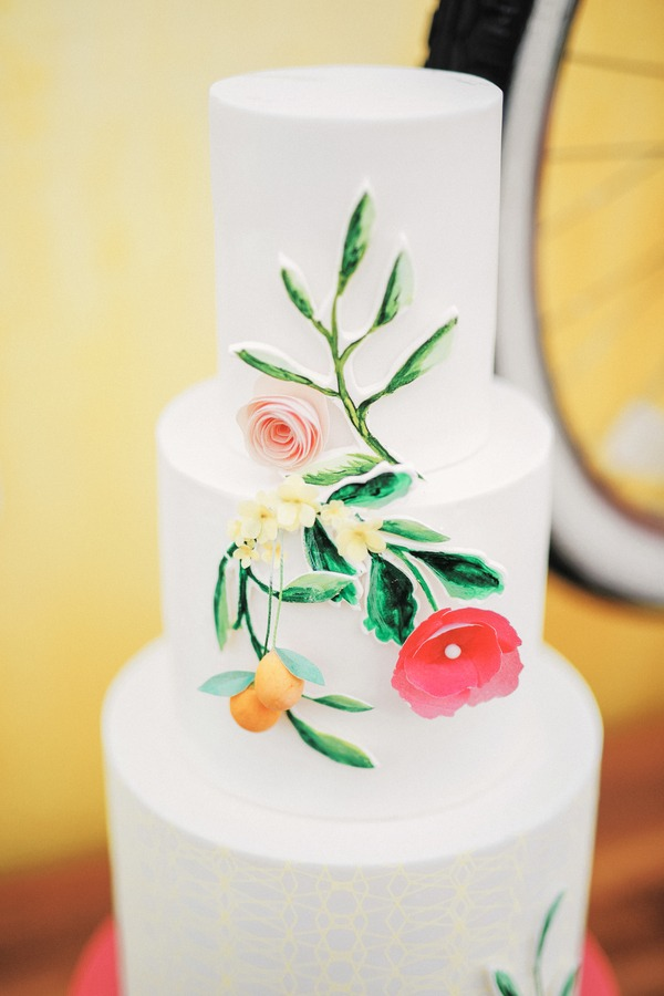 Katie Leclerc and Brian Habecost wedding cake